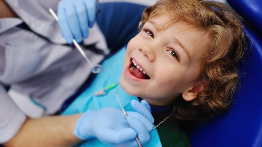 bambini-dal-dentista-campello-santi